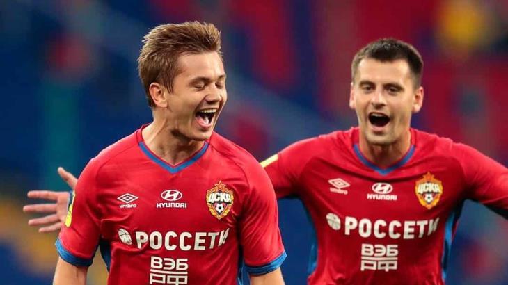 Director deportivo del CSKA, fue suplido por un muñeco de espuma durante un encuentro