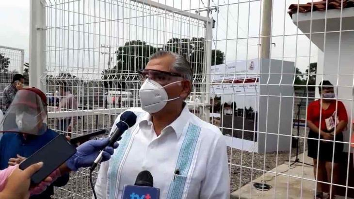 """Insiste Gobernador en que tratar el Covid con tanques de oxígeno desde casa, es """"engañoso"""""""