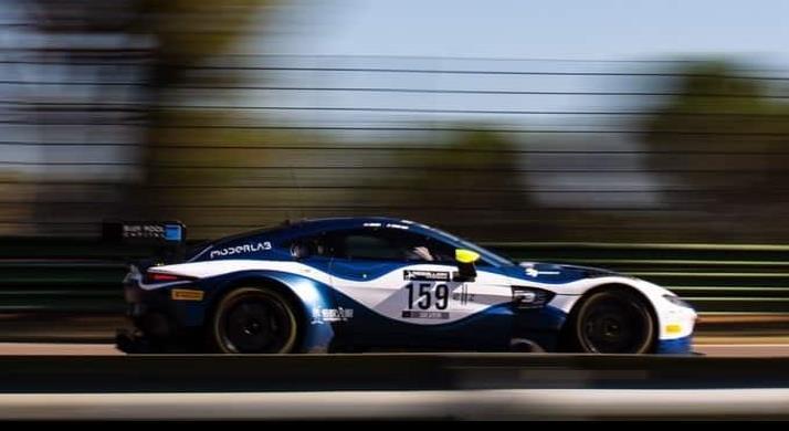 Mexicano se proyecta en el Aston Martin Racing Driver Academy 2020