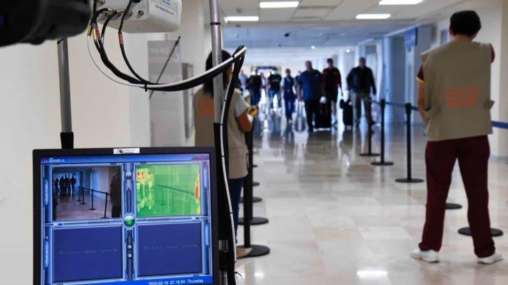 Mantiene Salud filtro sanitario en el aeropuerto de Villahermosa; desde su instalación se reportan cinco mil 708 encuestas realizadas
