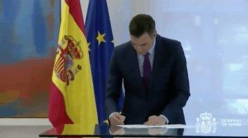 """""""No se juzgan instituciones, se juzga a las personas"""", dice Pedro Sánchez, tras salida del rey emérito Juan Carlos I de España"""