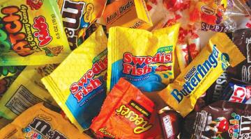Enviará Adán Augusto iniciativa para prohibir venta de comida chatarra a menores de edad