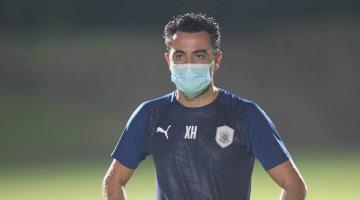 Multan a Xavi Hernández por violar la cuarentena en Qatar