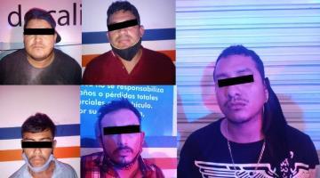 Aprehenden a 5 sujetos en la carretera a Nacajuca... les decomisan armas de fuego