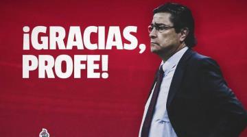 """Chivas despide a Luis Fernando """"El Flaco"""" Tena"""