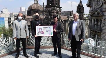 Emiten billete de lotería para homenajear a Carlos Monsiváis