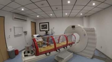 Empresa XE Médica fabrica en México cápsula hermética para trasladar a pacientes COVID de forma más segura