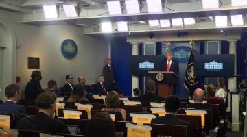 Servicio secreto saca a Donald Trump de su conferencia tras tiroteo afuera de la Casa Blanca
