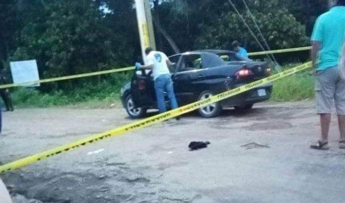 Atacan a balazos a cuatro personas en Comalcalco; uno muere y tres están hospitalizados