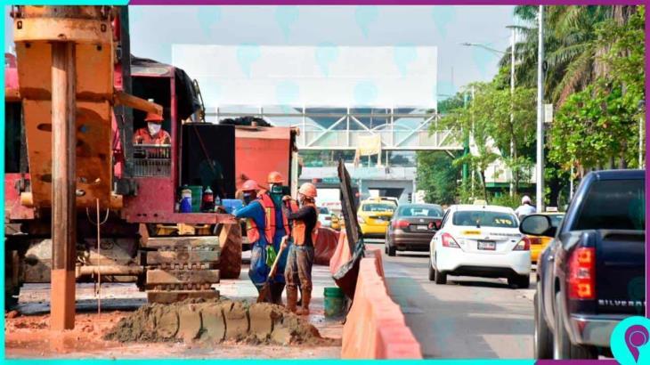 Inhabilitan parada de Av. Universidad por obra del distribuidor vial