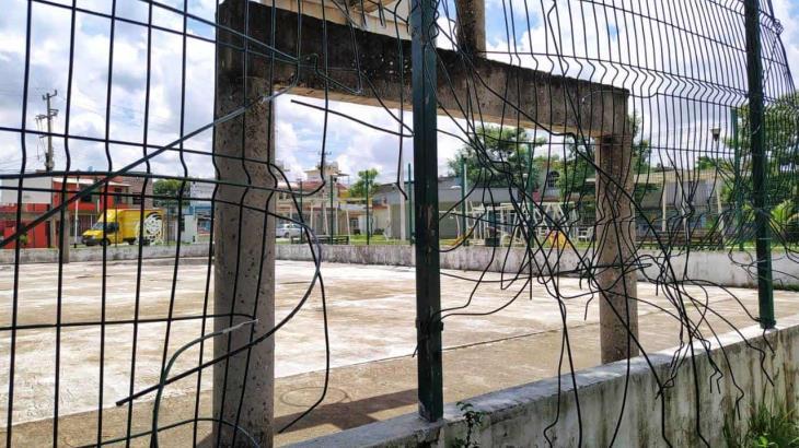 Juegos infantiles y canchas en parques de Villahermosa registran gran deterioro