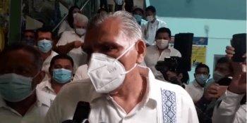 Bombean agua con equipo enviado en solidaridad desde Puebla