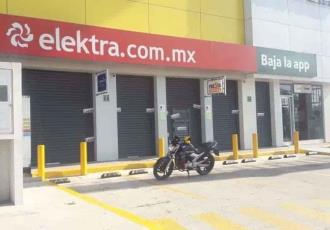 Embarga mujer a Elektra tras demostrar que Banco Azteca ´desaparecía´ remesas enviadas por su esposo