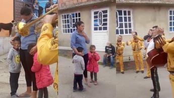 Niño ofrece sus canicas y 5 pesos a mariachi para que le canten a su mamá por su cumpleaños, en Colombia