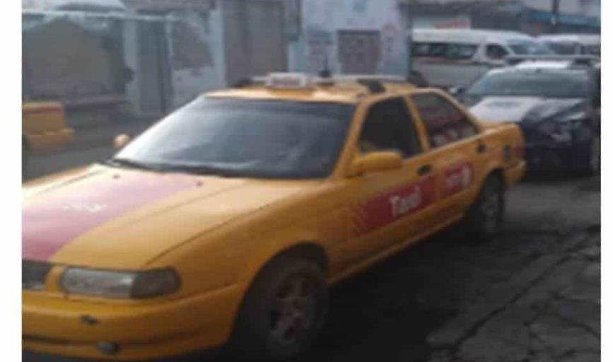 """Aseguran taxi amarillo relacionado con un robo, gracias a """"arcos lectores"""""""