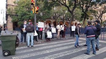 Habitantes de Nacajuca se manifiestan afuera de Palacio Nacional; reclaman ser tomados en cuenta en el censo