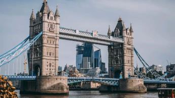 Retrasa Reino Unido fase final de desconfinamiento