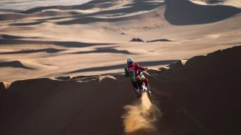 Fallece piloto en Rally de Dakar tras aparatoso accidente