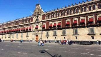 Reportan listo consultorio de emergencia en Palacio Nacional, en caso de que AMLO lo requiera