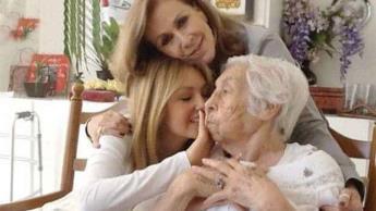 Suspenden casa de retiro donde se encontraba abuelita de Thalía y Laura Zapata; acusaron maltrato