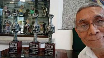 Recibe Héctor Fernández ´Chocolate´, la presea ´Celestino Gorostiza´