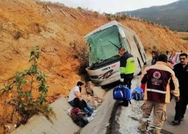 Asegura FGE vehículos y unidades de carga robadas en Cárdenas