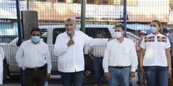 Catean casa de exedil de Cunduacán y le decomisan casi mil luminarias