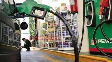 """Pide AMLO """"castigar"""" y no comprar en gasolineras que pese al subsidio, insisten en mantener los precios altos"""