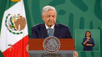 Adelanta Obrador que el martes podría vacunarse contra el coronavirus