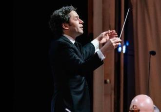 Medios internacionales resaltan gran ovación a Gustavo Dudamel tras primer concierto de la temporada de la Ópera de París