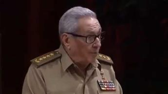 Renuncia Raúl Castro a la secretaría del Partido Comunista de Cuba