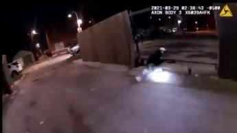 Revela la policía de Chicago video del asesinato de un joven de 13 años a mano de sus elementos