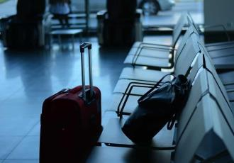 """España pondrá en confinamiento a viajeros de Argentina, Colombia, Bolivia y Namibia, por ser considerados de """"alto riesgo"""""""