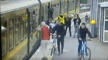 Mujer cae en las vías del tren en una estación de Dublín, tras ser intimidada por jóvenes