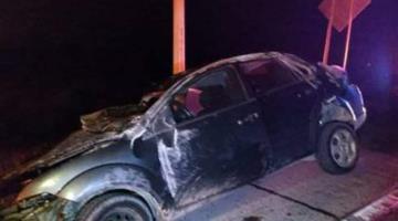 Muere copiloto de automóvil tras accidente en la Cárdenas-Coatzacoalcos; sus amigos lo habrían abandonado