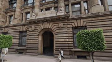Propondrá AMLO un economista como nuevo gobernador de Banxico