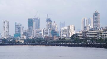 Levantan ciudades de India restricciones contra COVID-19