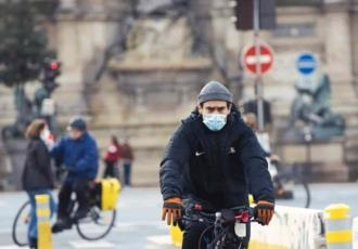 Francia registra más de 25 mil nuevos contagios de COVID-19 en un día