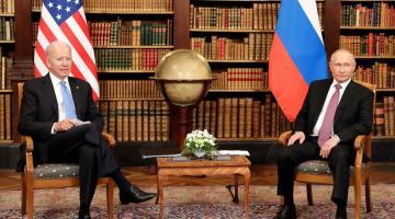 Pocos acuerdos y tensos mensajes deja reunión Biden-Putin