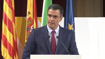 Propondrá gobierno de España eliminar el uso de cubrebocas en exteriores