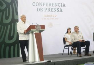 Asegura AMLO que Adán Augusto López le aligera la carga en Tabasco