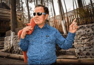 El actor y comediante Sammy Pérez fue intubado tras agravarse por COVID-19