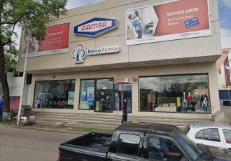 Giran orden de aprehensión contra propietarios y directivos de Famsa por fraude