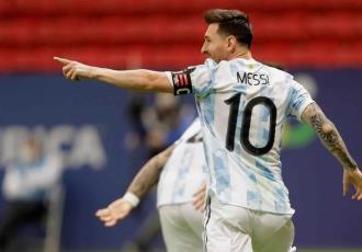"""Negociaciones con Messi """"van progresando"""": Laporta"""