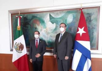 """Califica ONG como """"infame"""" a Marcelo Ebrard por reunirse con canciller cubano, tras represiones a disidentes"""