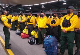 Envía México 101 combatientes más a Canadá para mitigar incendios forestales