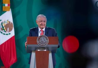 No ve López Obrador riesgo de represalias de EE. UU. a México, por enviar ayuda a Cuba