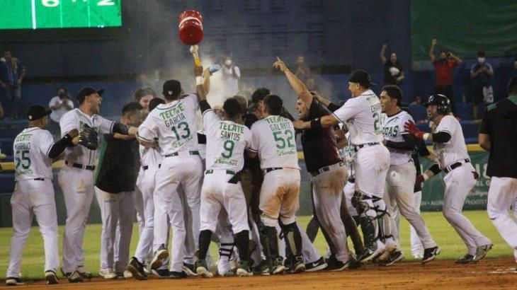 En extra innings, Olmecas gana el primero de la Serie de Semifinales ante Leones