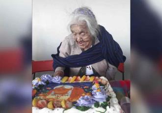"""Celebra """"Mamá Coco"""" 108 años con un gran pastel"""