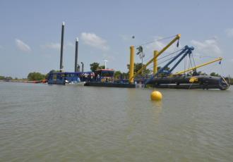 Reportan entre 20 y 30 kilómetros de superficies dragadas para evitar inundaciones en Tabasco